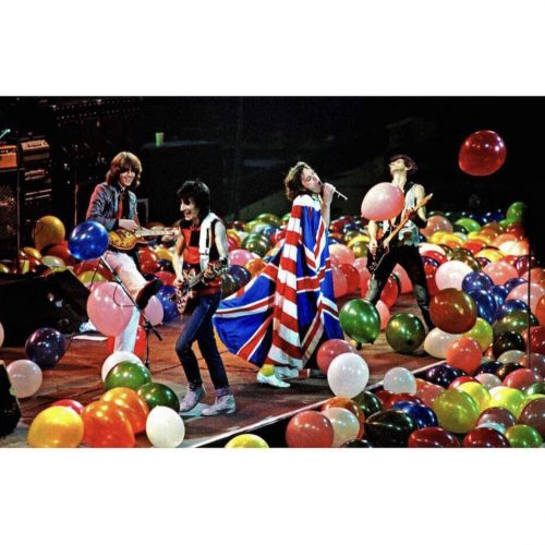 rolling stones show balloons